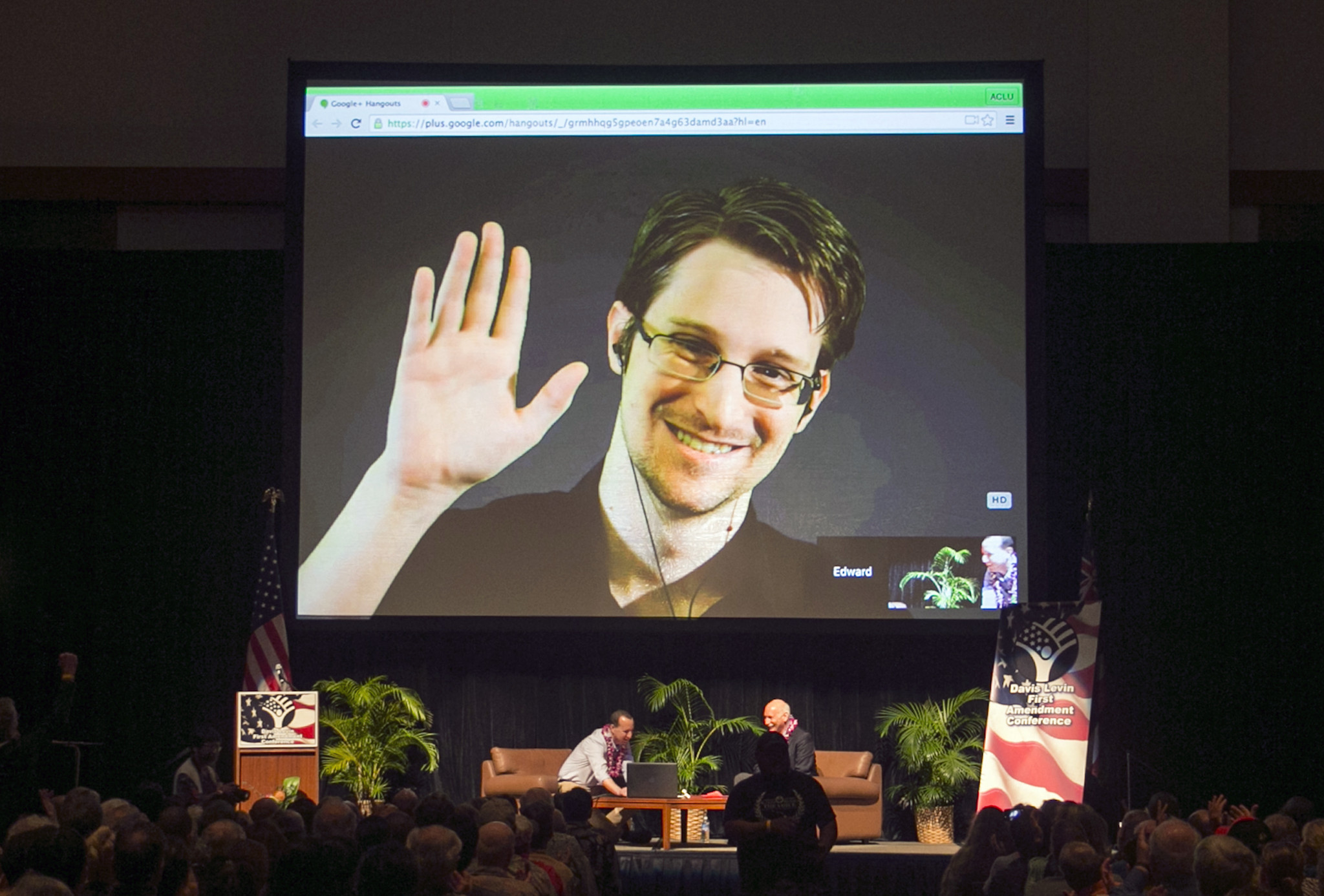 Edward Snowden says he's willing to return to U.S. if guaranteed fair trial