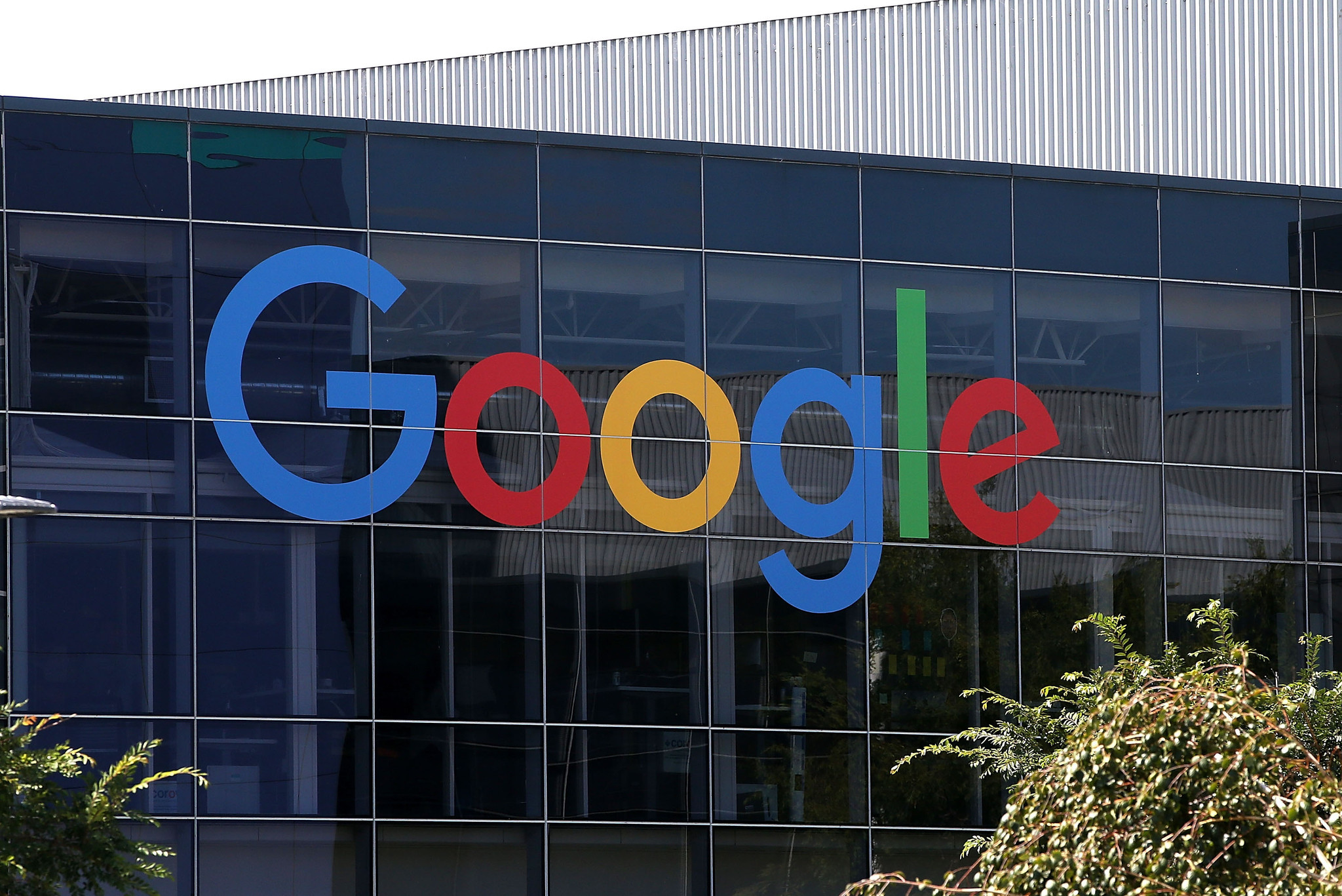 Google seeks to speed up mobile pages; tech may fend off ad blockers