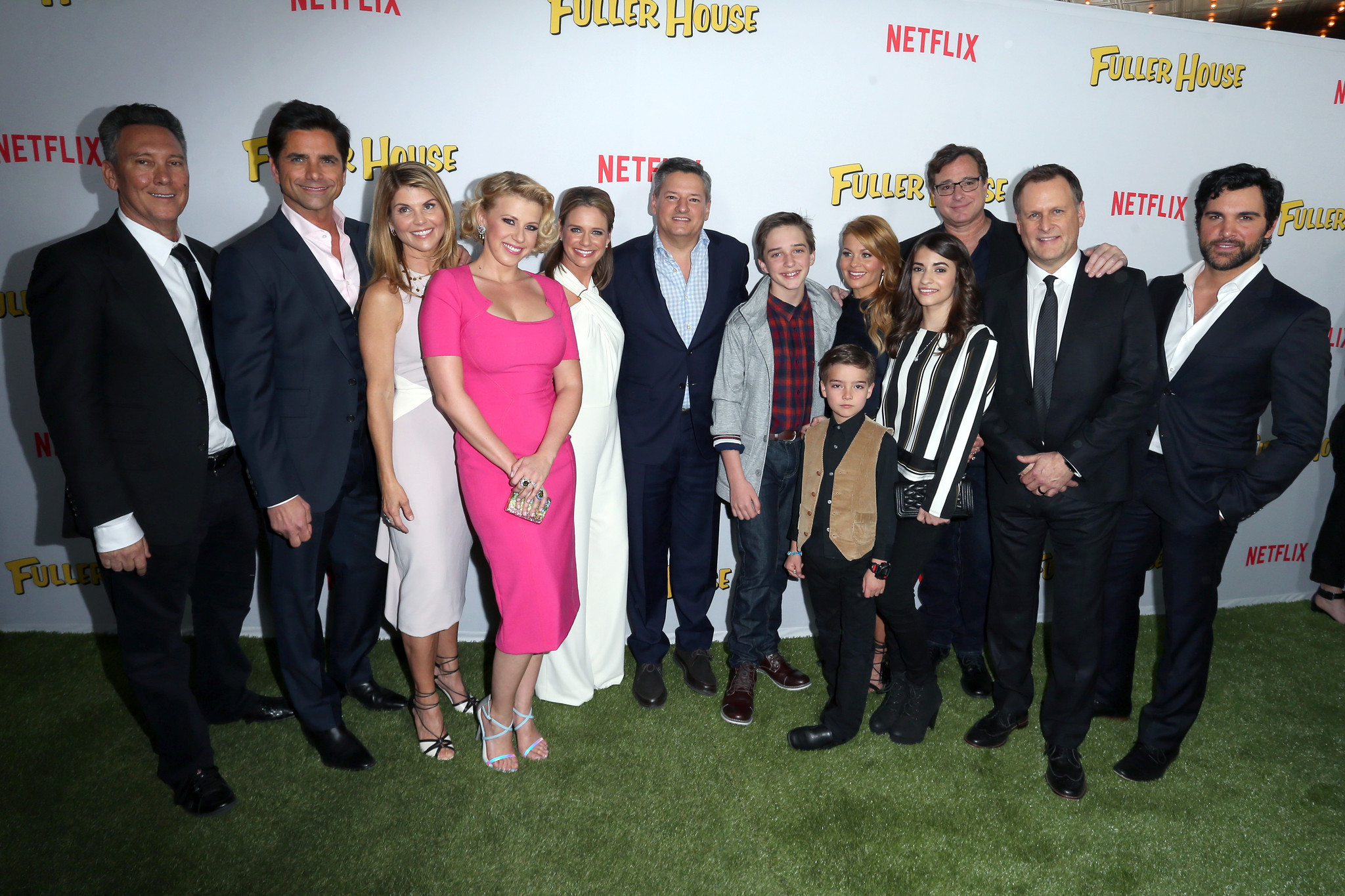 'Fuller House' cast talks goofy outfits, chills on set and the return of Mr. Woodchuck