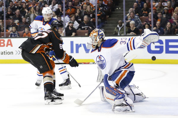 Rickard Rakell Handles It In Ducks' Overtime Victory Over Oilers, 2-1