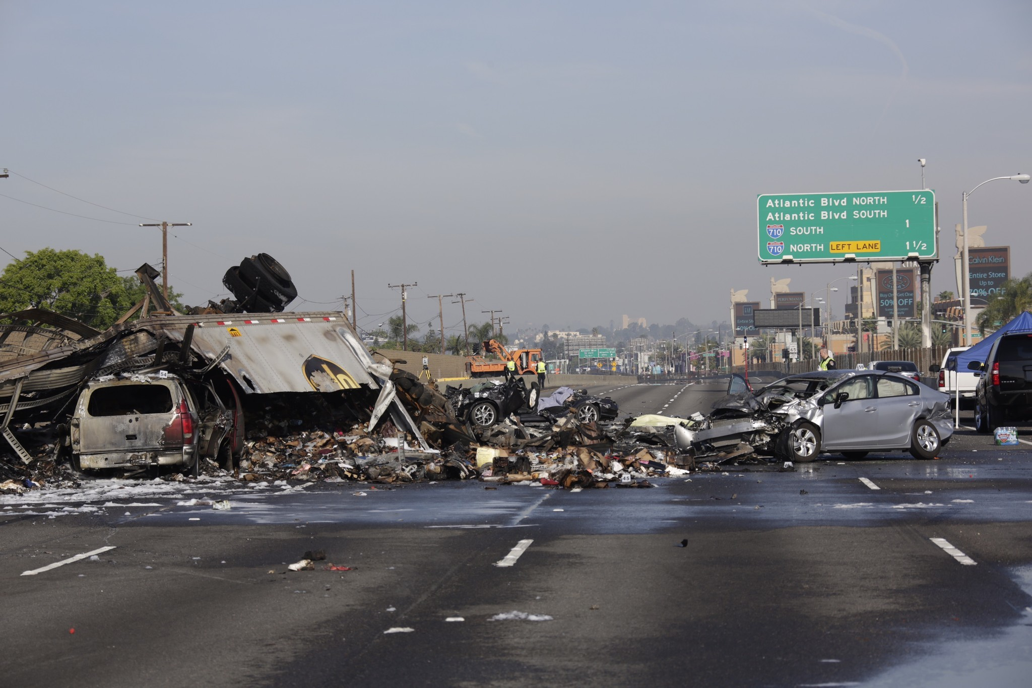 12 in indonesia three times per day google map car got in an accident - Three Dead As Multivehicle Crash Shuts Down 5 Freeway In Commerce La Times