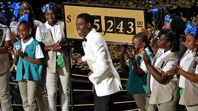 Robert Gauthier / Los Angeles Times. Chris Rock and Girl Scouts at 2016 Academy Awards.