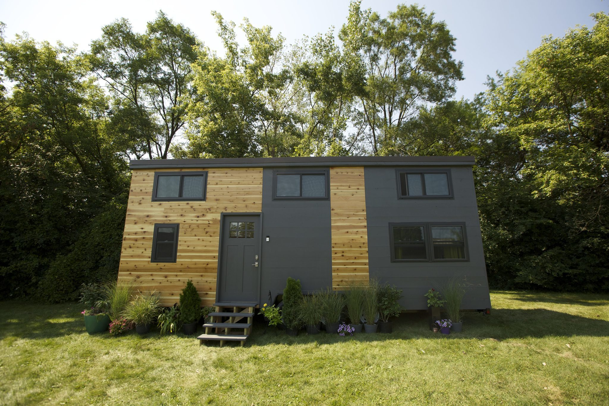 long grove couple's tech-savvy tiny house to be featured on fyi