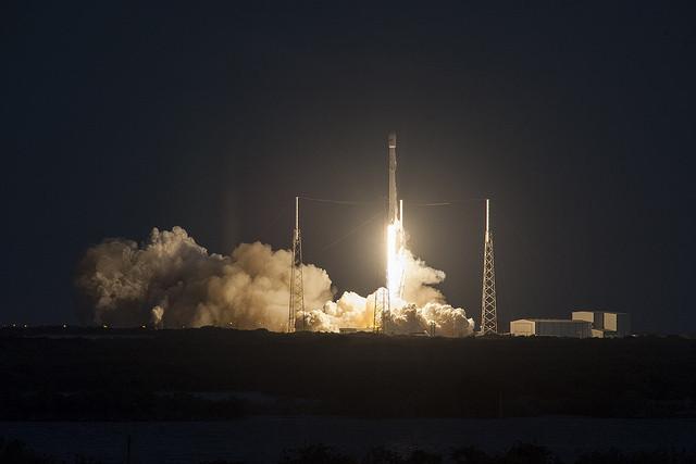 spacex rocket satellite - photo #49