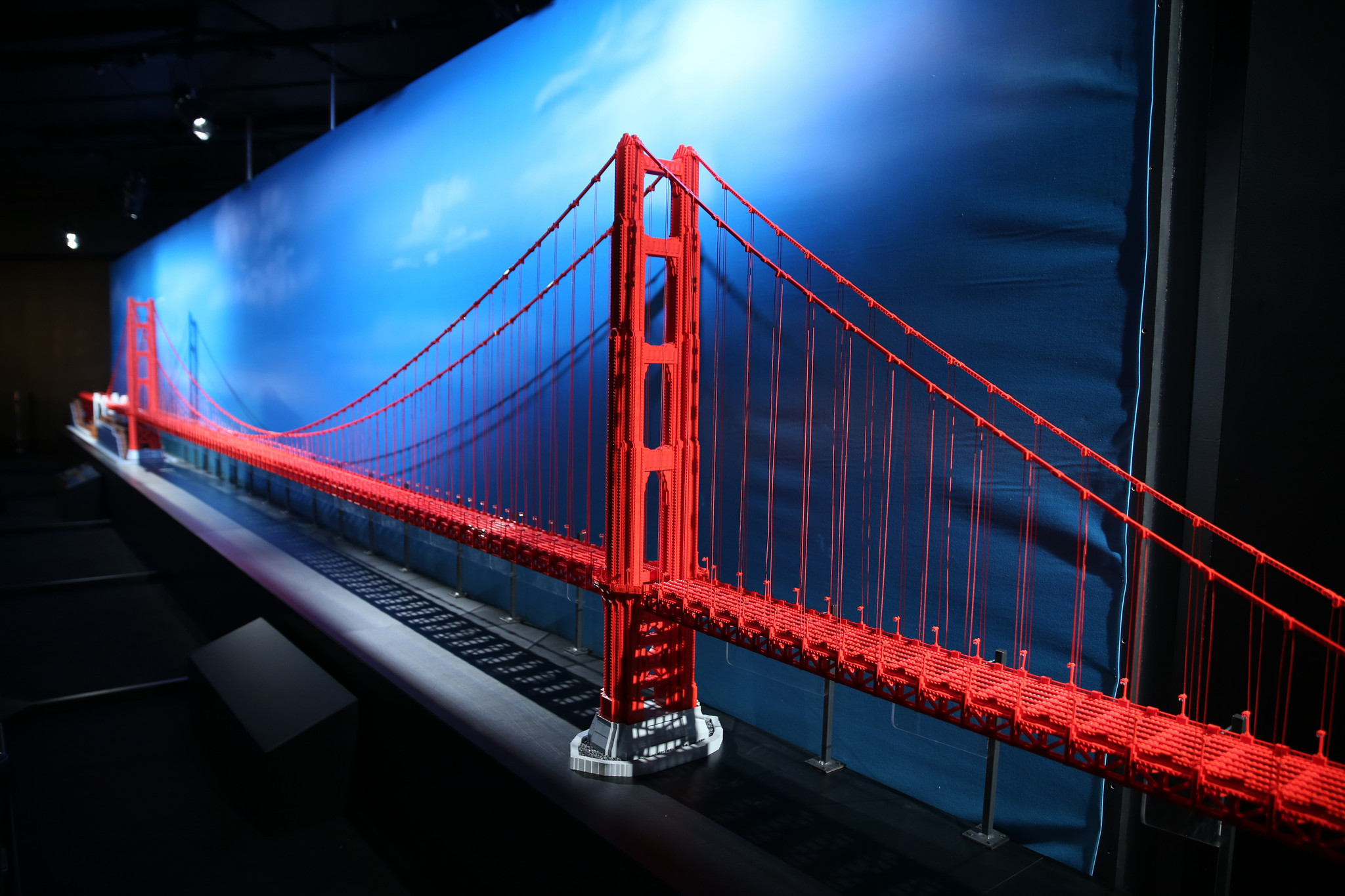 MSI Lego exhibit: It's a brick house — and bridge, and ...