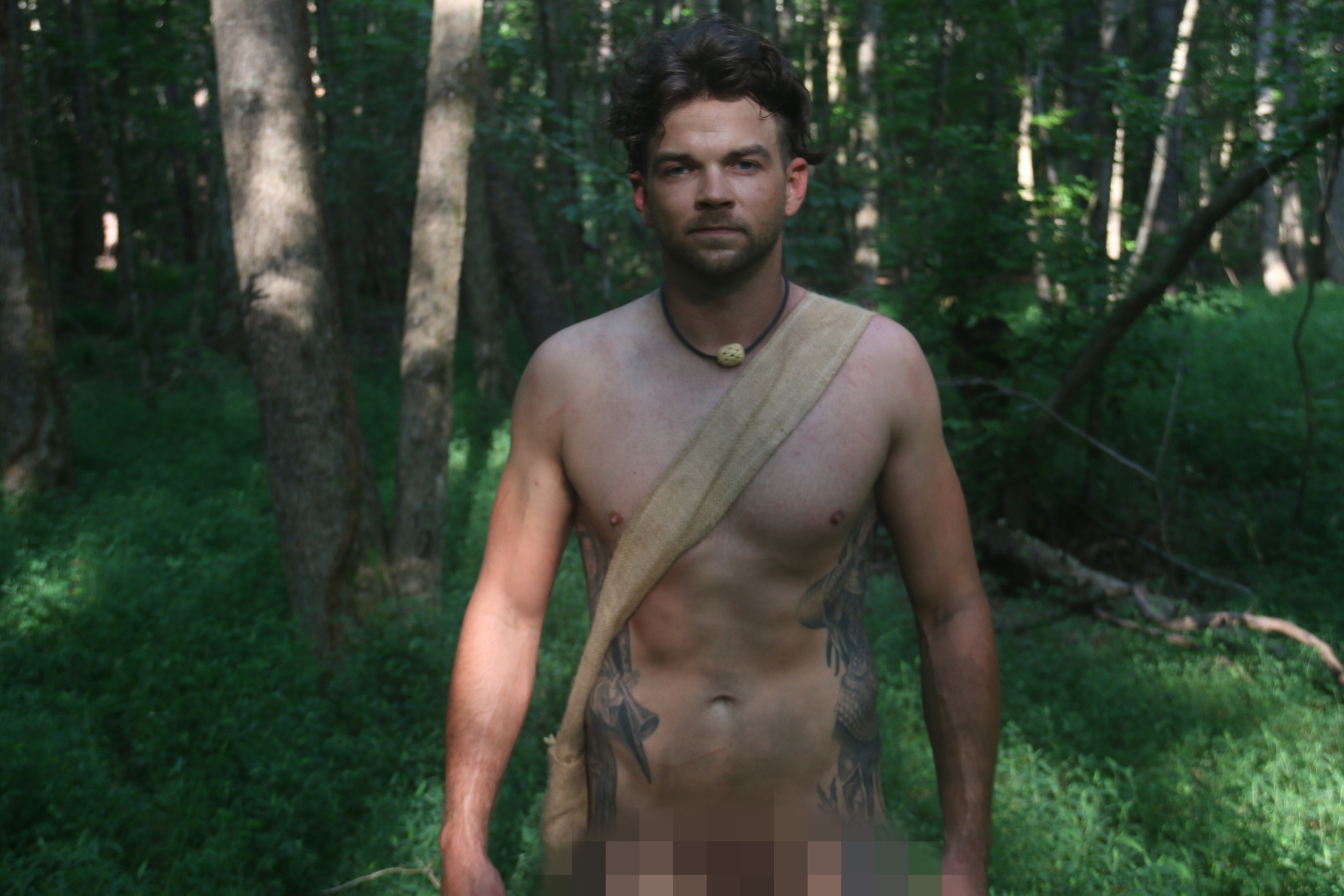 naked and afraid cute man