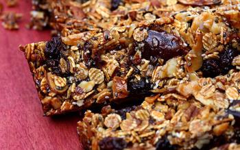 Toasted barley fruit and nut bars
