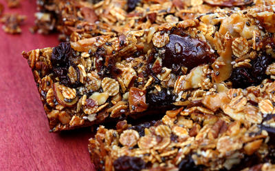 Toasted barley fruit and nut bars