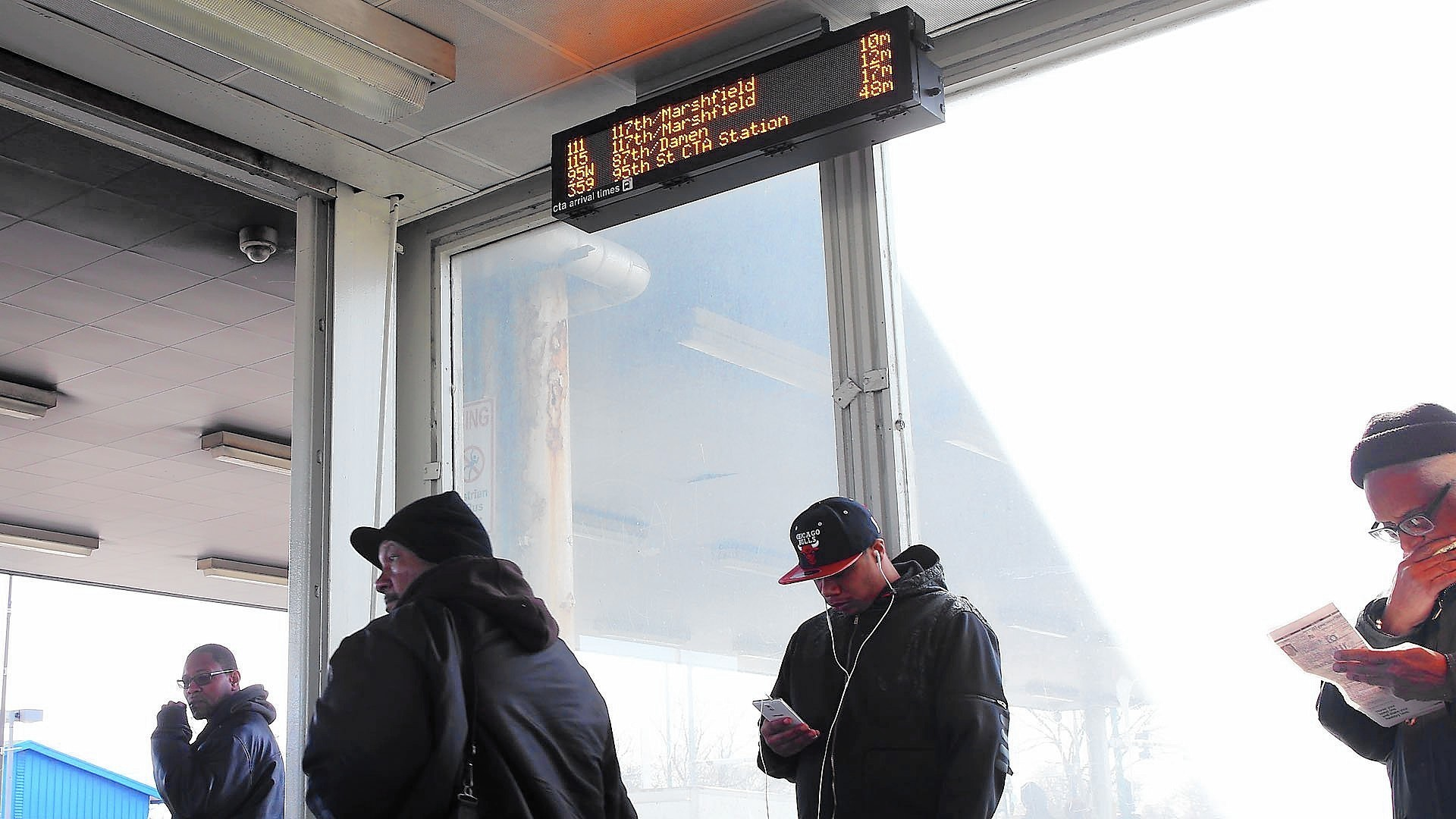 Cta Adds Bus Tracker Displays At 51 Rail Stops Chicago