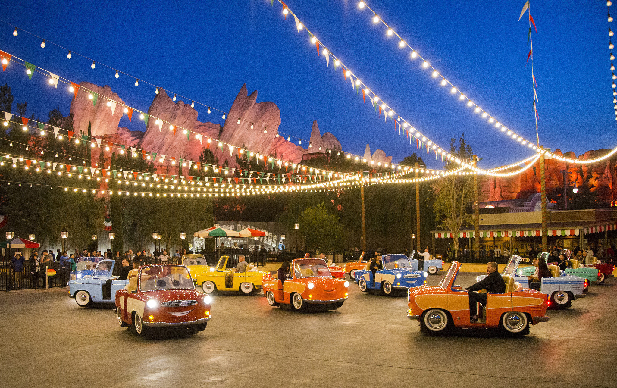 Cars Race Disneyland California Adventure
