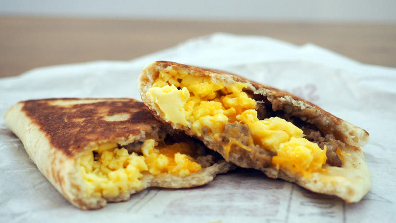 Every item on the new Taco Bell $1 breakfast menu ...
