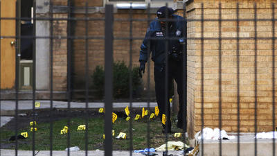 3 Chicago cops recovering after shootout that left suspect dead
