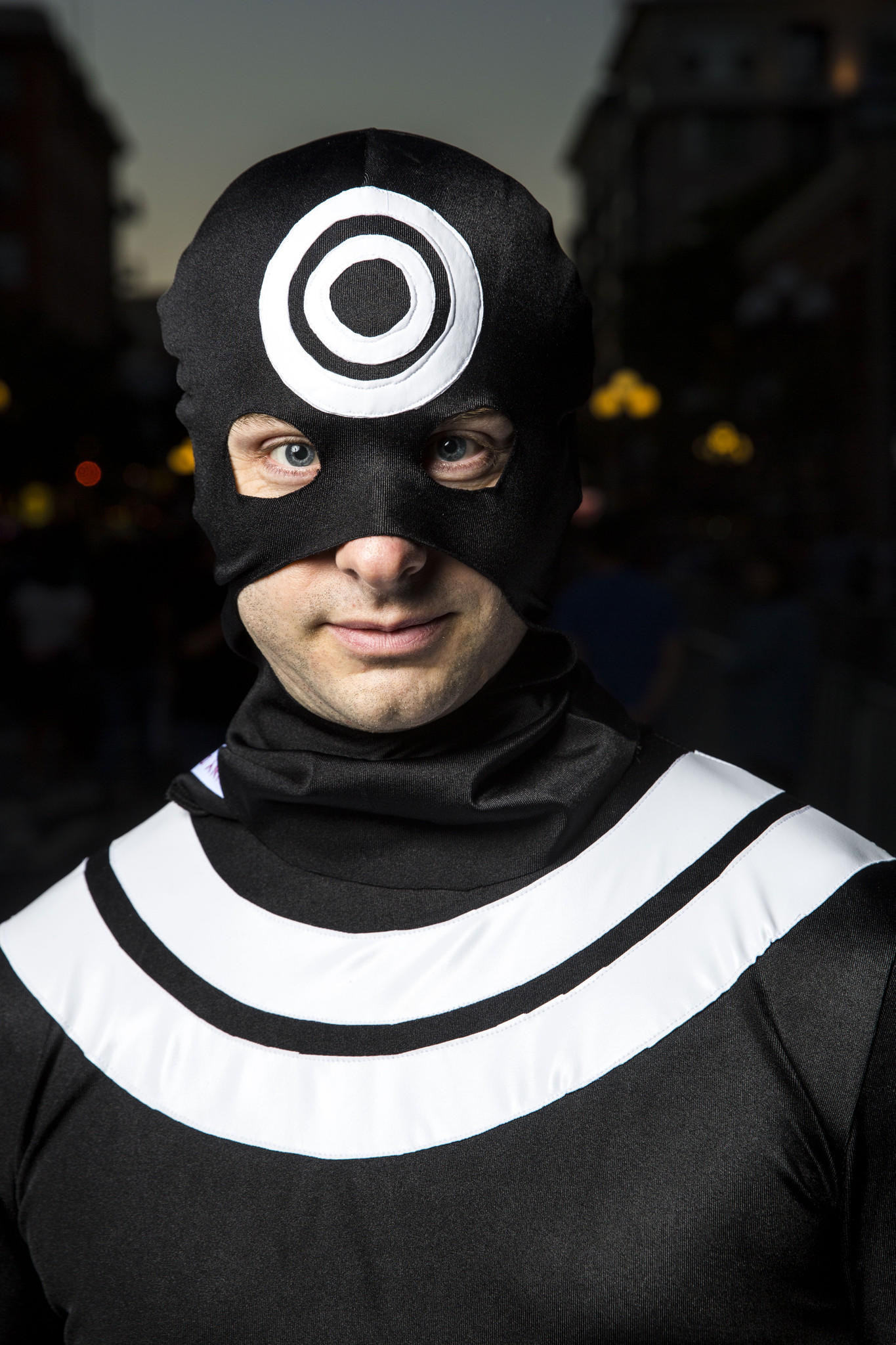 Jeff Albeit cosplaying in the classic Bullseye's costume from the Marvel comic books at Comic-Con International in San Diego in 2015.