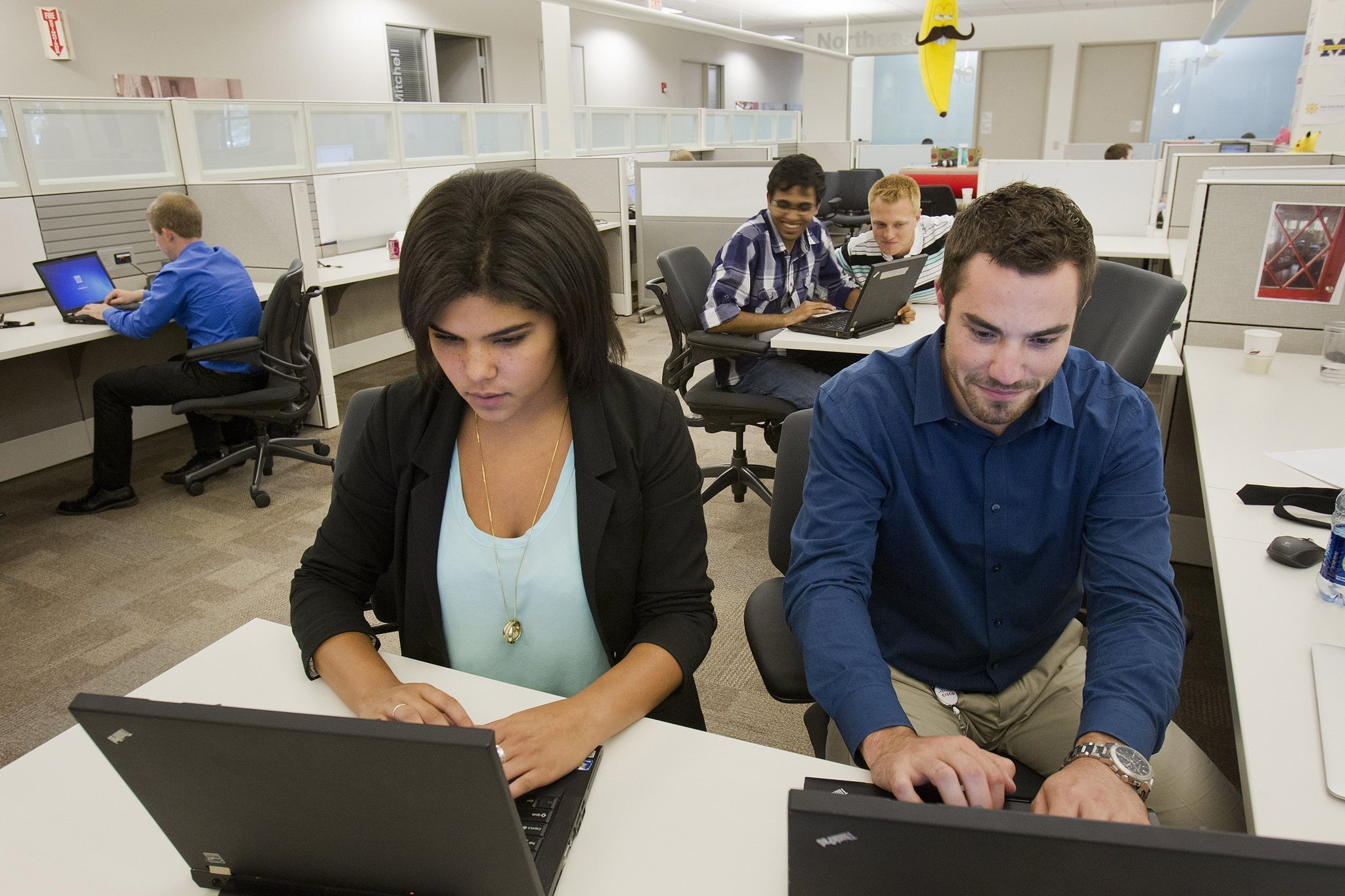 say goodbye to the annual pay raise chicago tribune the popular new perk companies are using to attract millennials