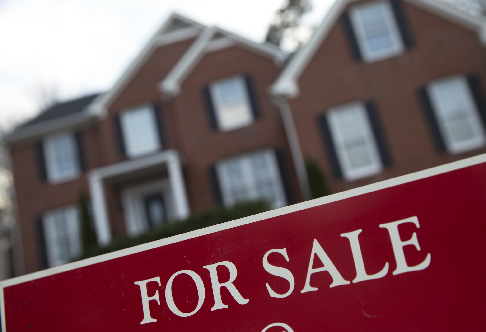 chicagoarea home prices jump 7 percent buyers struggle with low inventory chicago tribune