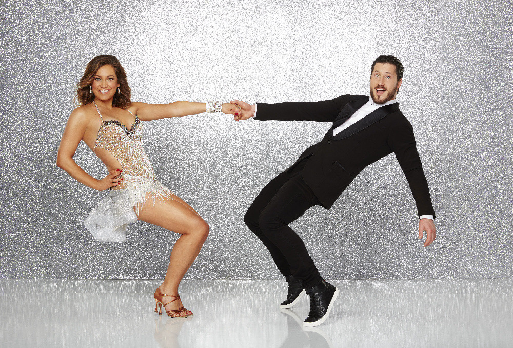 Ex-Chicago meteorologist Ginger Zee wows on 'Dancing with ... Mischa Barton Dwts