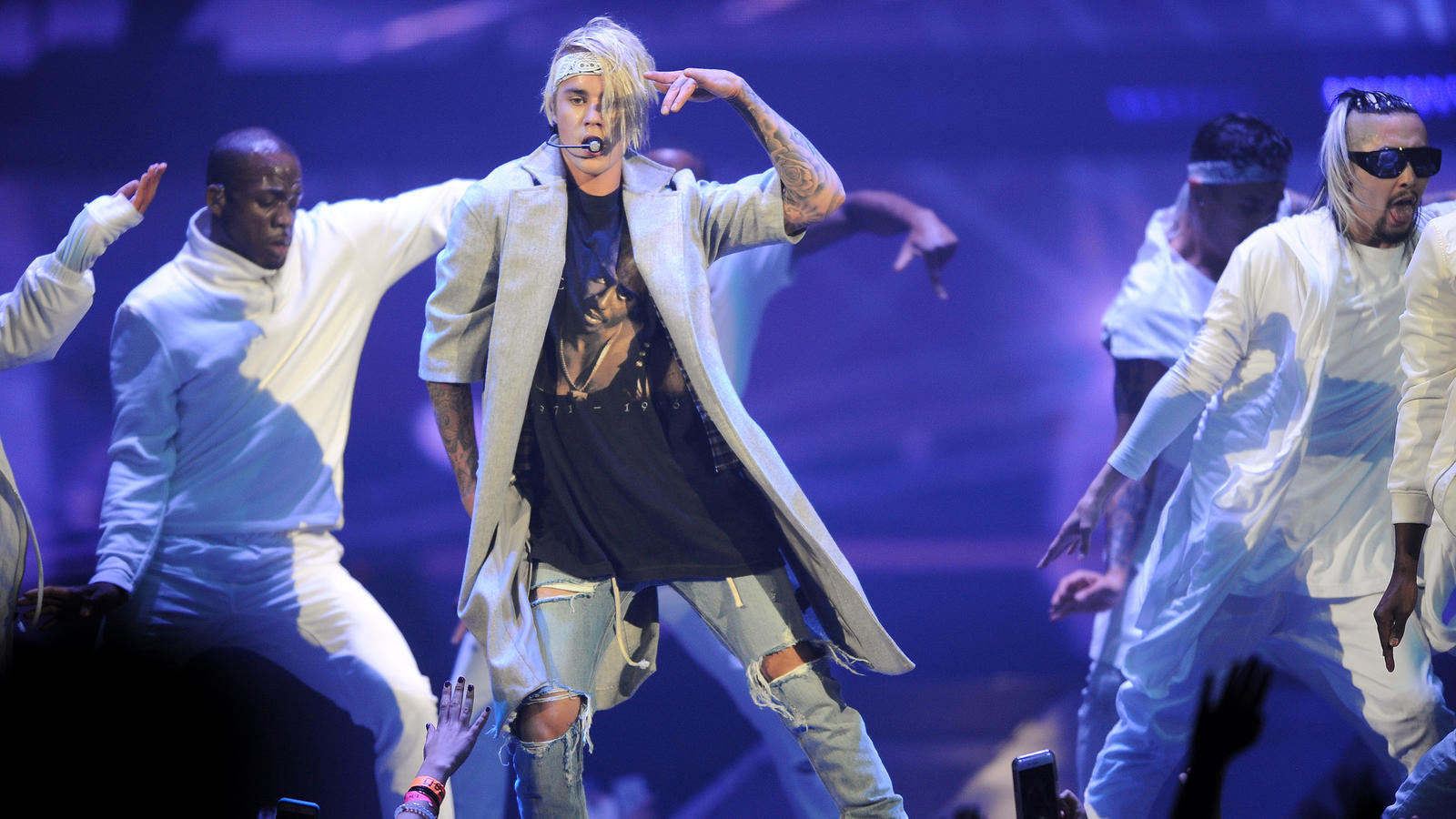 Justin Bieber and his backup dancers. (Christina House / For The Times)