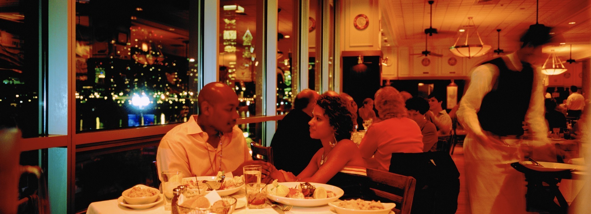 what is the dating scene like in minneapolis Northeast minneapolis is also a good choice but a bit more spread out similar to uptown with the art and music but it has been known as an area for young families nightlife is what you make it.