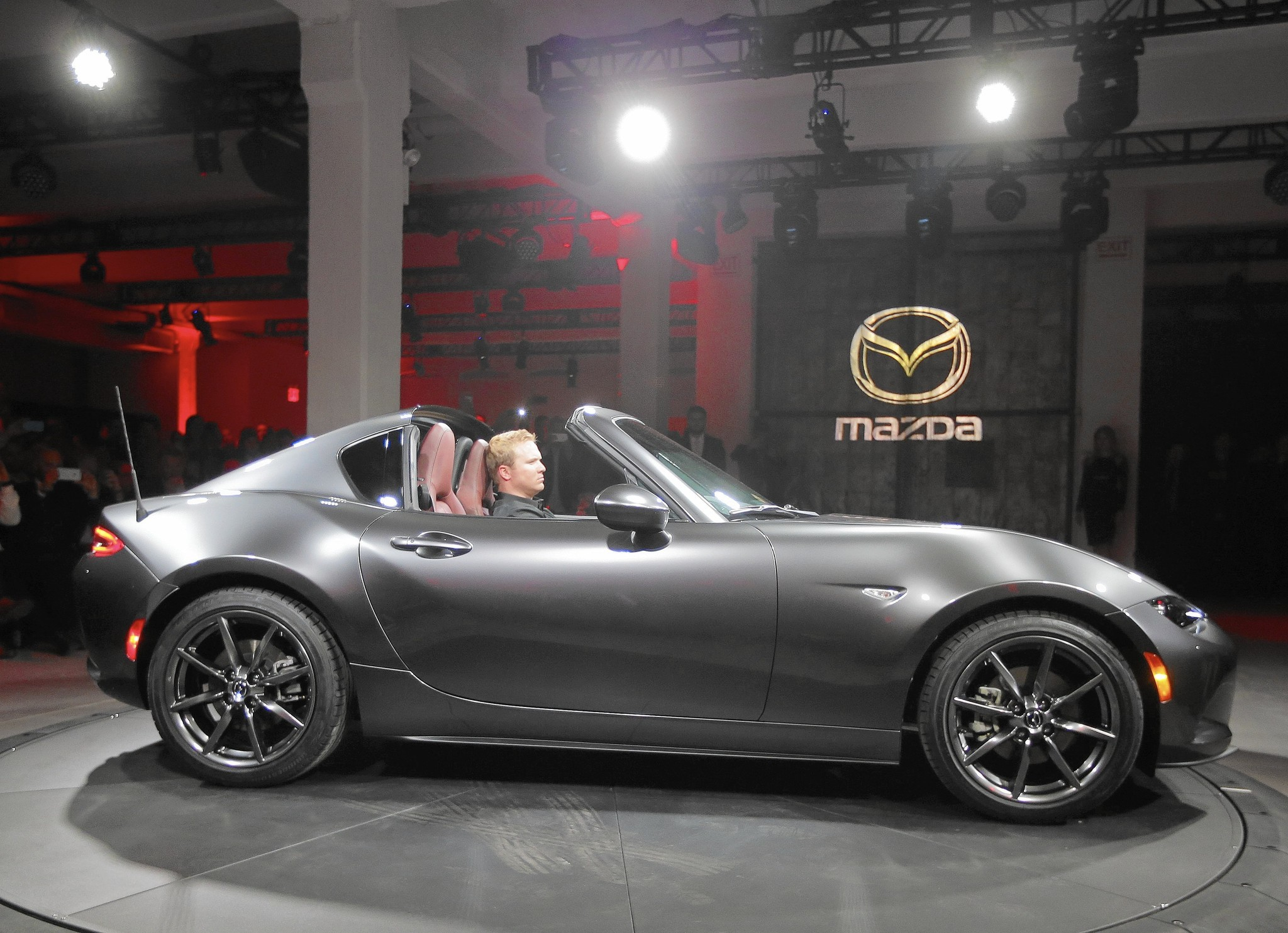 Mazda Channels Porsche With Mx 5 Retractable Fastback