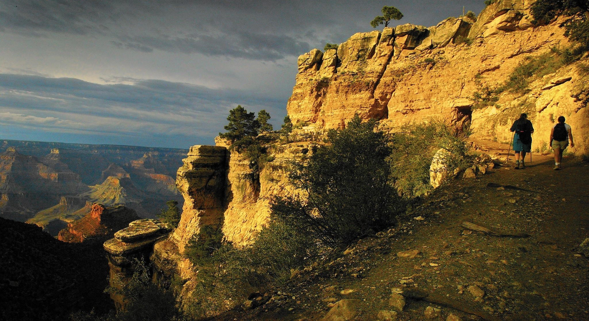 He hiked the Grand Canyon in a day, on the lookout for blisters and ooh-aah views