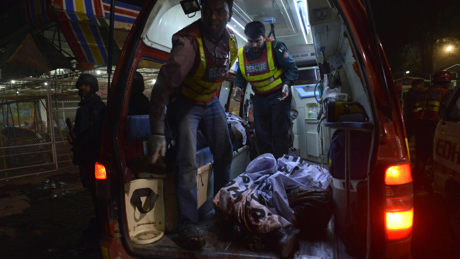Suicide bomber attack in Pakistan