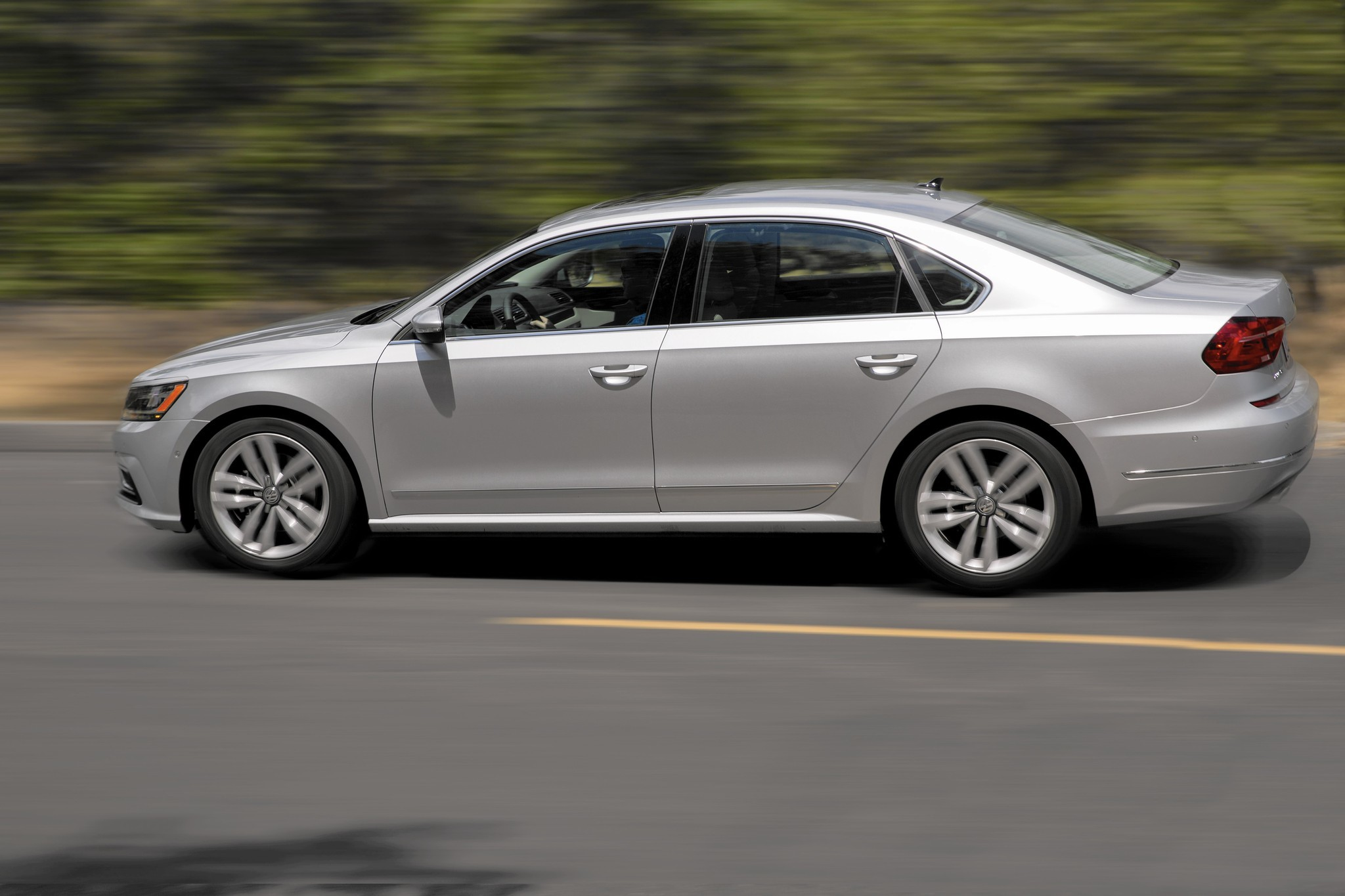 New Compact And Sedan Car Reviews Chicago Tribune