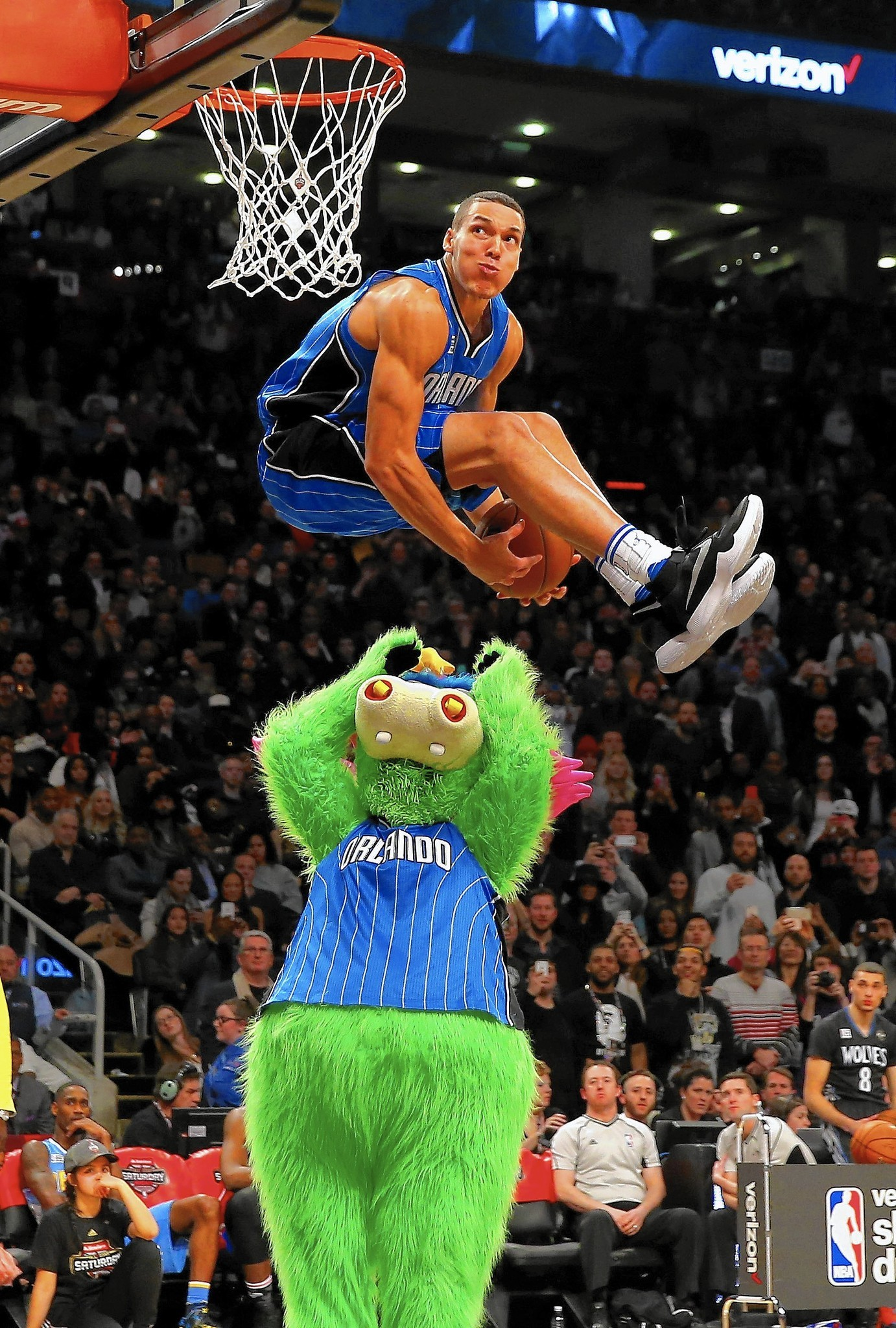Image result for Aaron Gordon dunk contest dunk