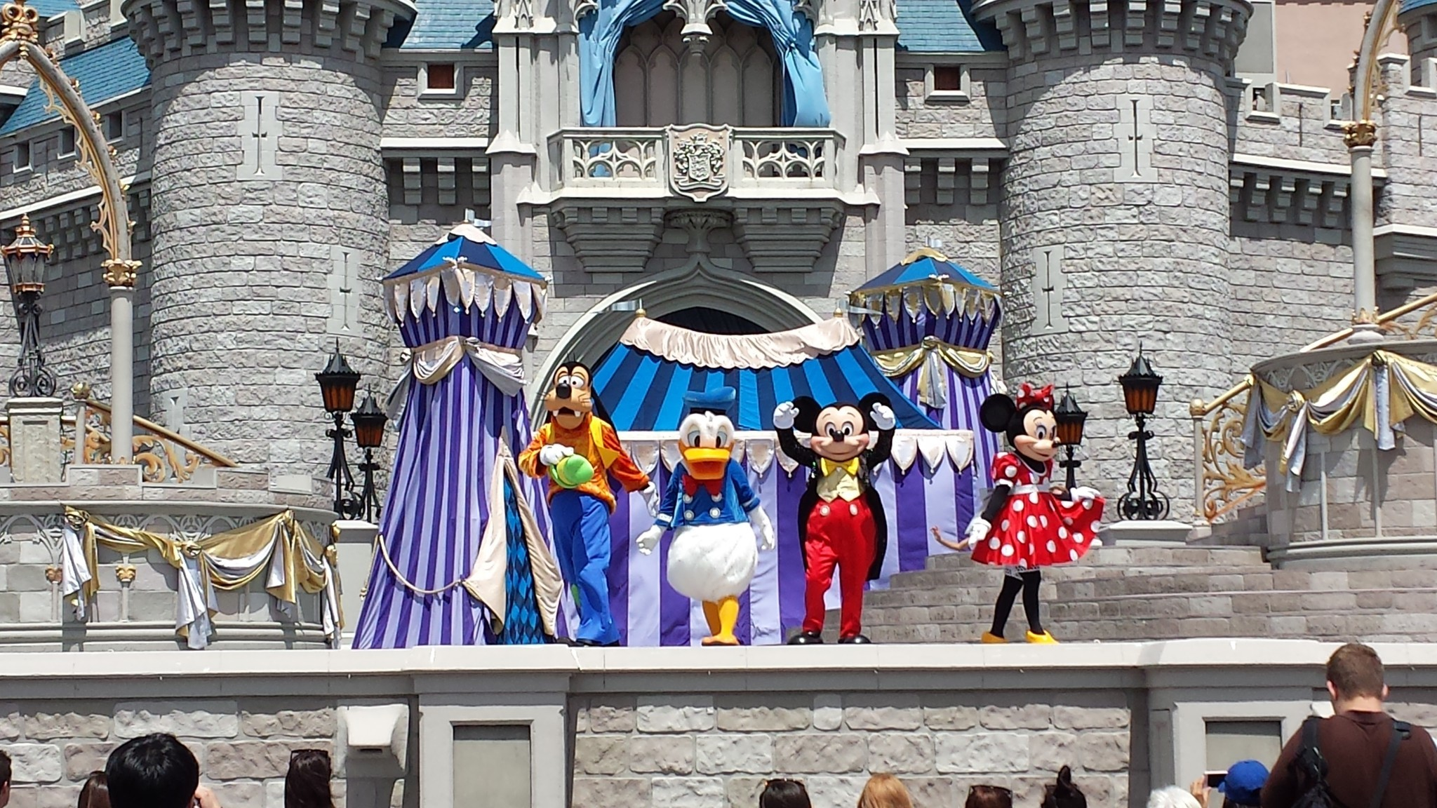Dream Along With Mickey Ends At Magic Kingdom Orlando Sentinel Polygo Minie Mouse By