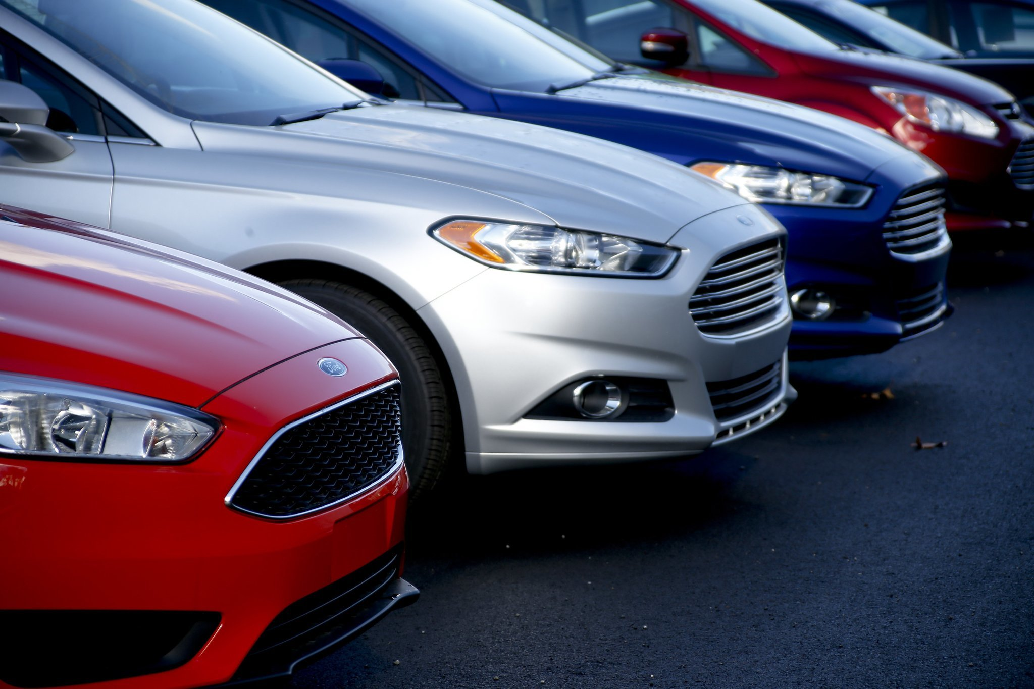 U.S. auto sales report big numbers, best month in 10 years