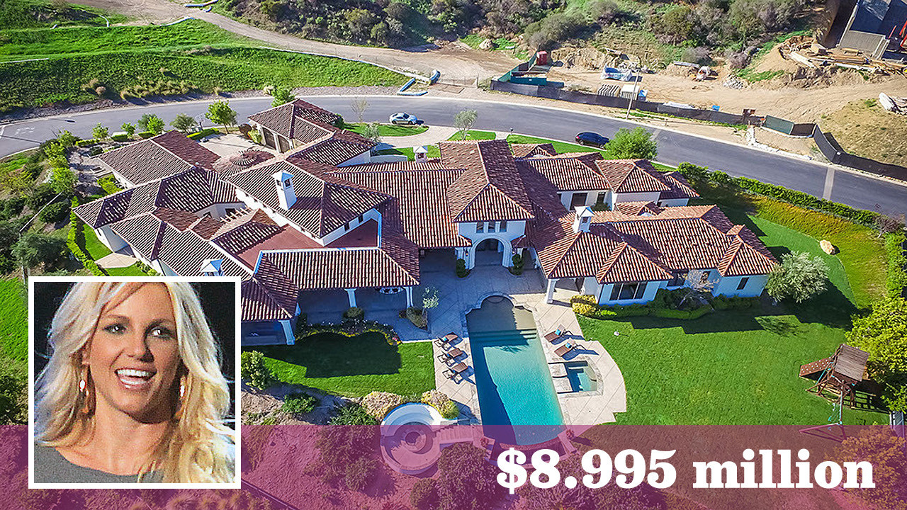 Britney Spears prices one of her Thousand Oaks homes at  8 995 million