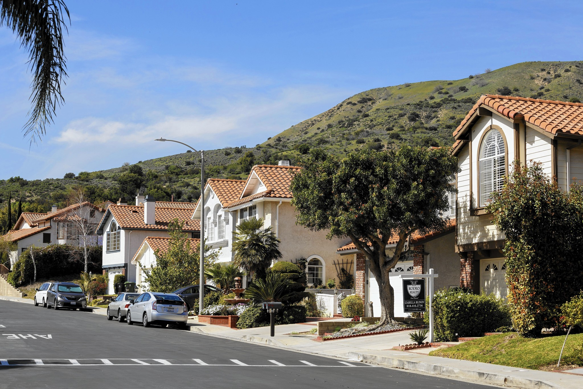 gas leak disrupts porter ranch housing market - la times