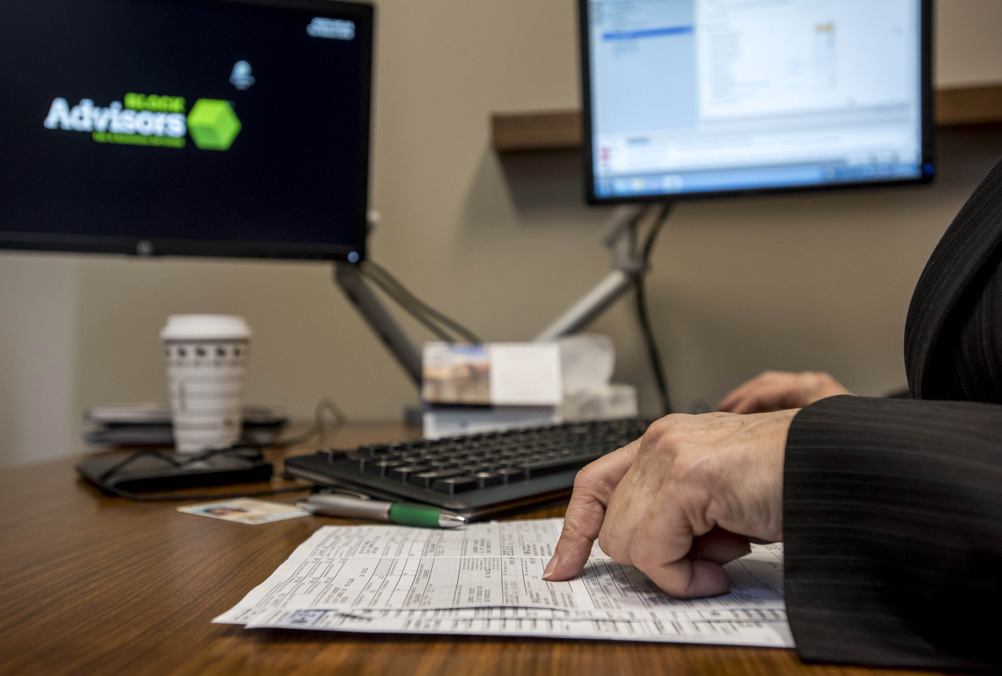 Still Working On Your Taxes? Check Here For Lastminute Advice Chicago  Tribune Still Working On