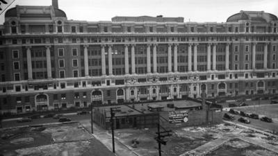 Restoration plan for old Cook County Hospital has welcome elements