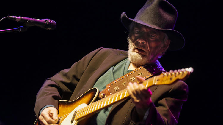 Merle Haggard: Life in pictures