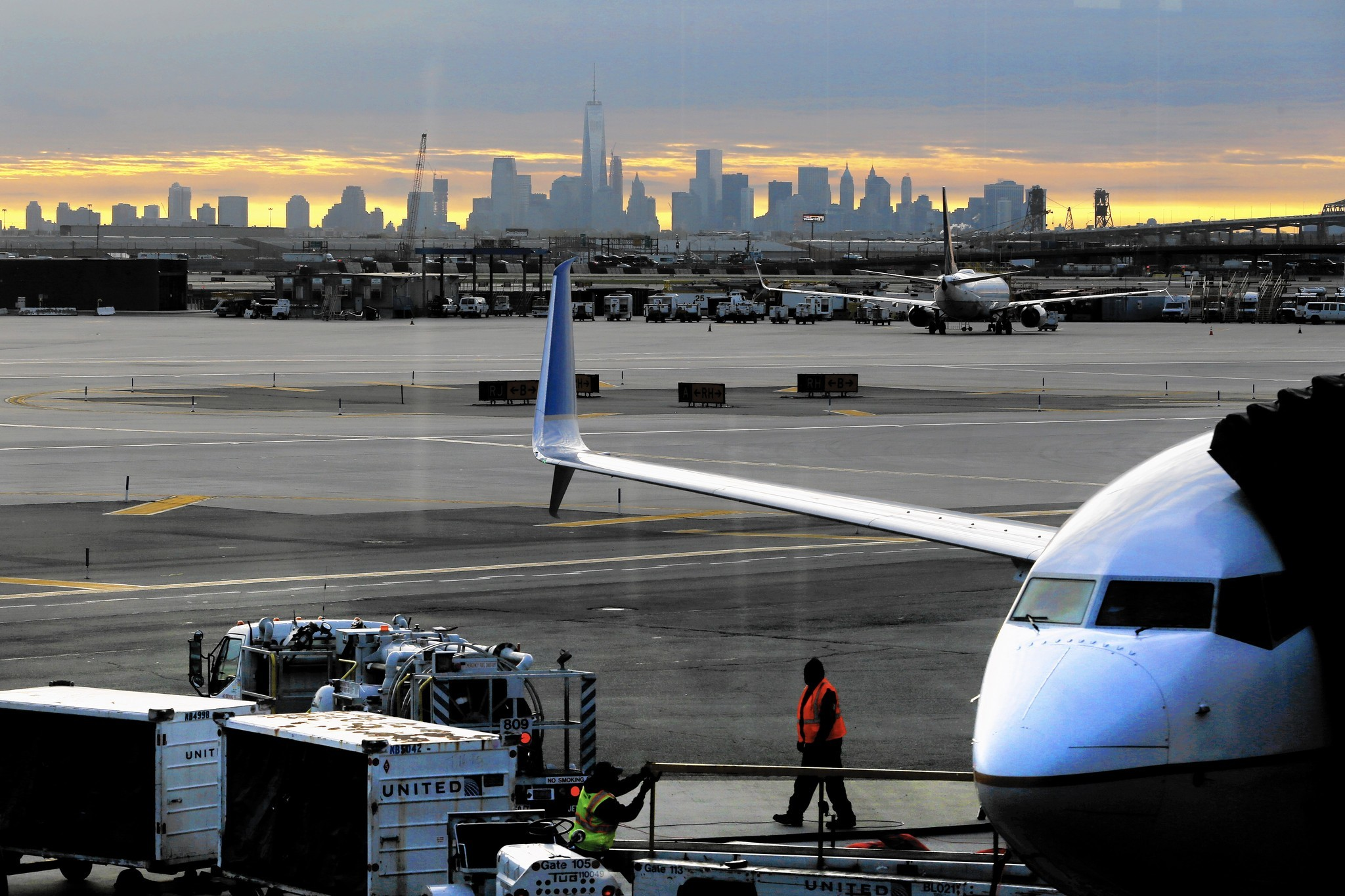 We offer SAFE & SECURE parking options for your travels out of (EWR) Newark Liberty International Airport. Reserve at any one of our off airport parking facilities and save big with rates starting at $ per day. Compare that to $ per day for Newark Airport economy long term parking lots.