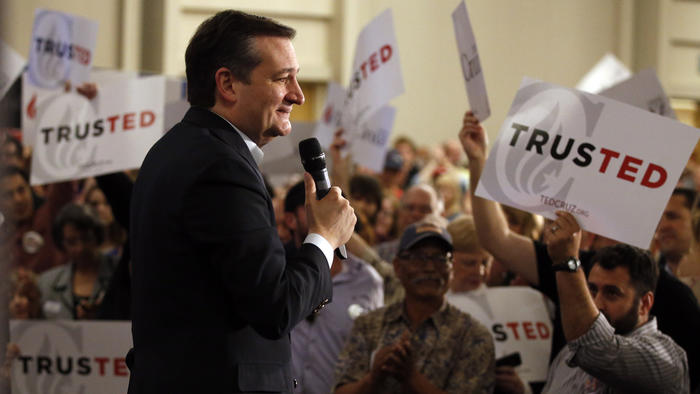 Sen. Ted Cruz speaks to supporters at a rally in Irvine. (Mark Boster / Los Angeles Times)
