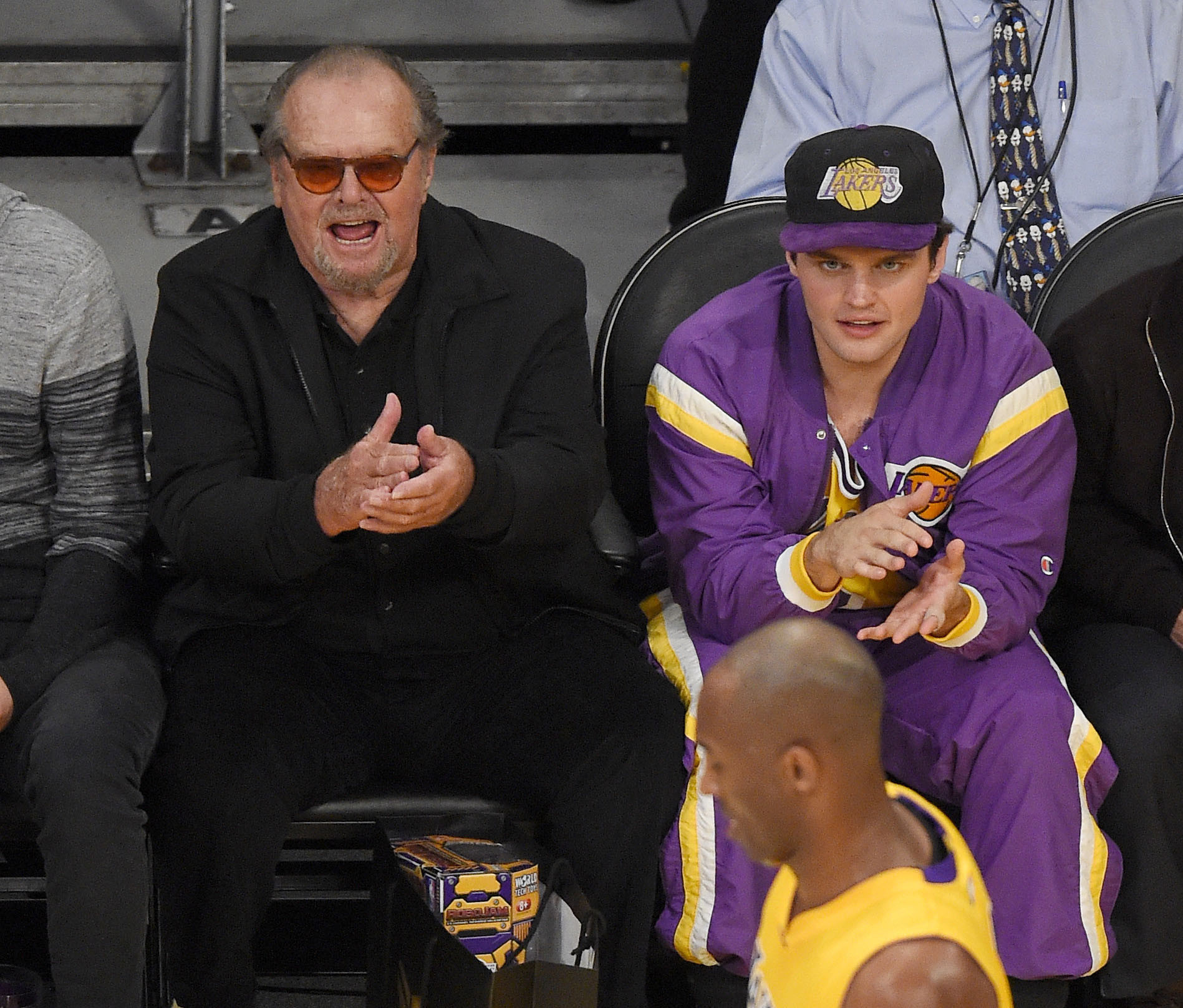 Celebrity sightings at lakers game last night