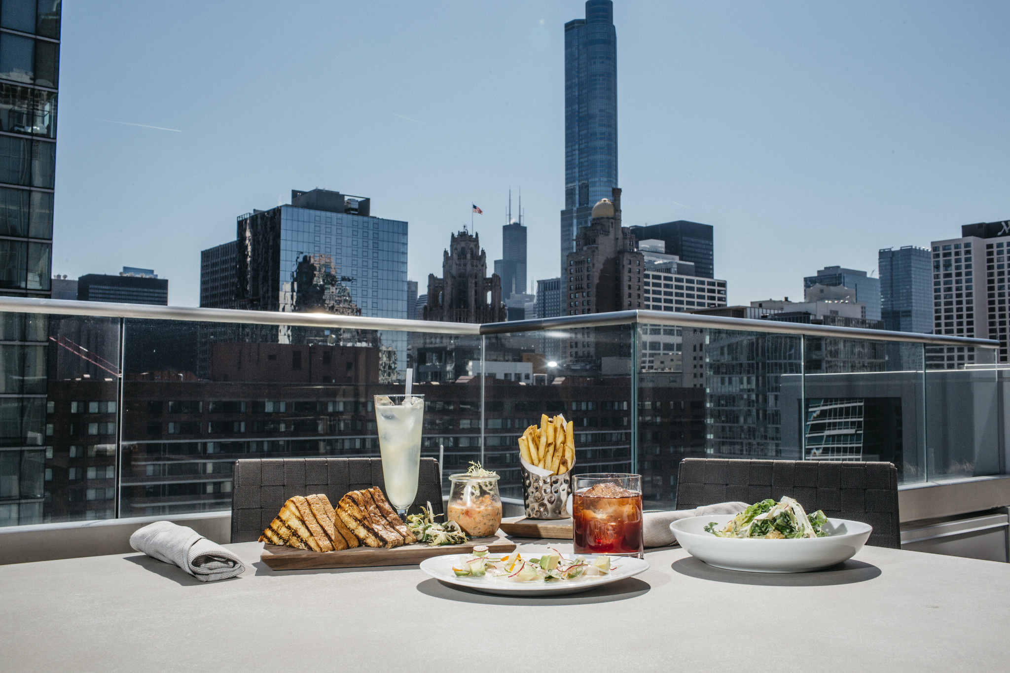 Meet Chicago s 39 new rooftops and patios of 2016 Chicago Tribune