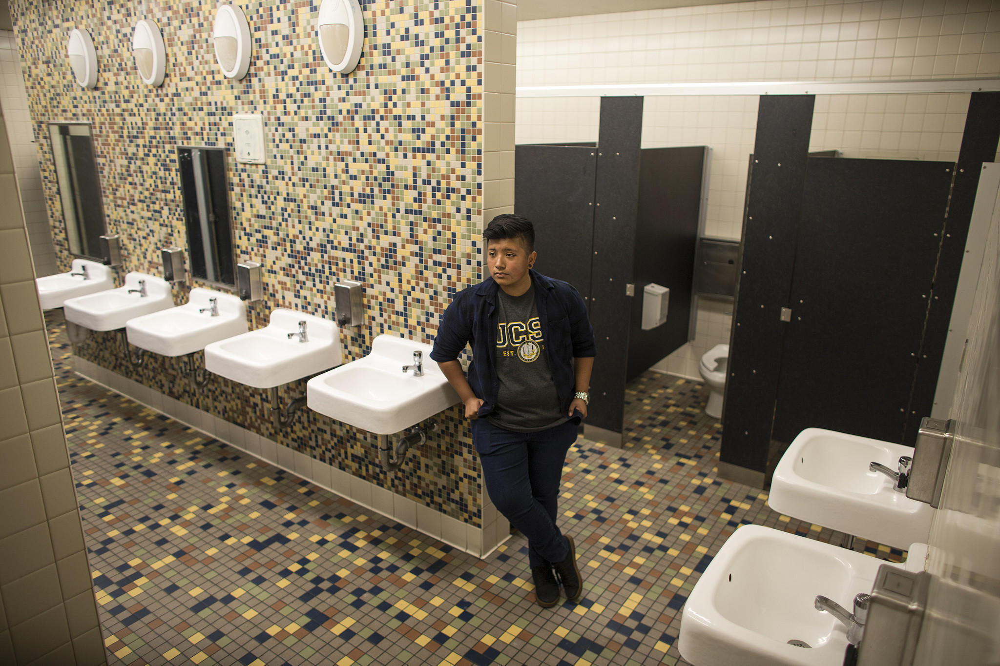 this school is opening the first gender-neutral bathroom in los
