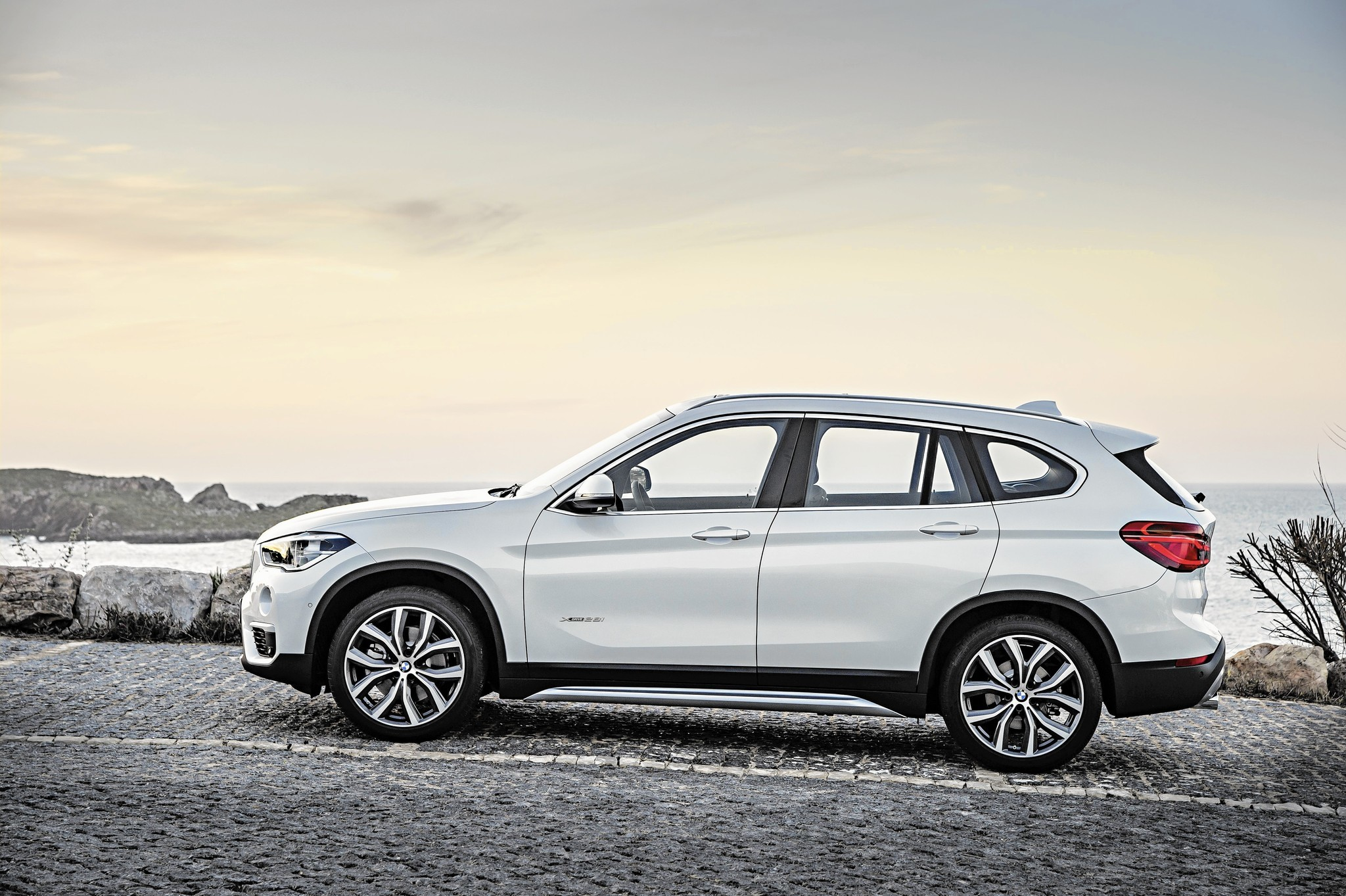 2016 bmw x1 feels more like a crossover less like a compromise chicago tribune