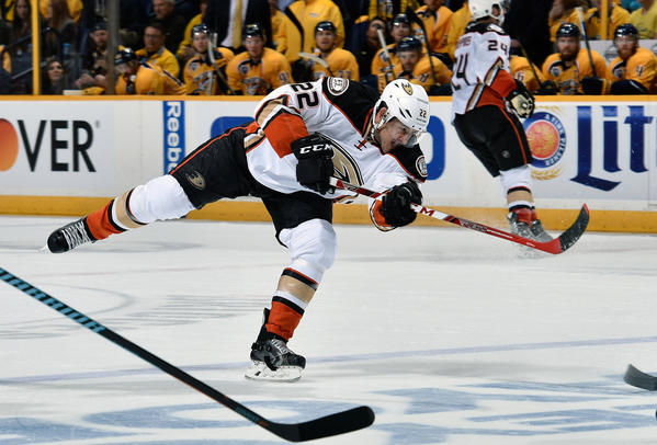 Shawn Horcoff Sparks Ducks With Play And Words