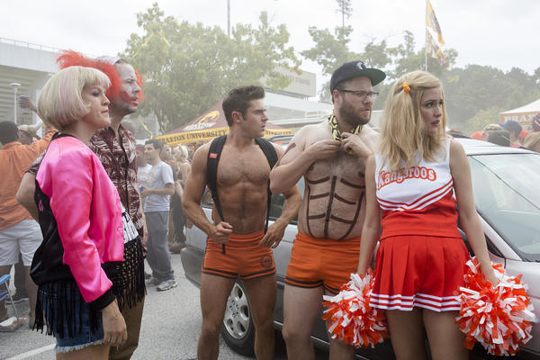 "Carla Gallo, left, Ike Barinholtz, Zac Efron, Seth Rogen and Rose Byrne in a scene from ""Neighbors 2: Sorority Rising."""