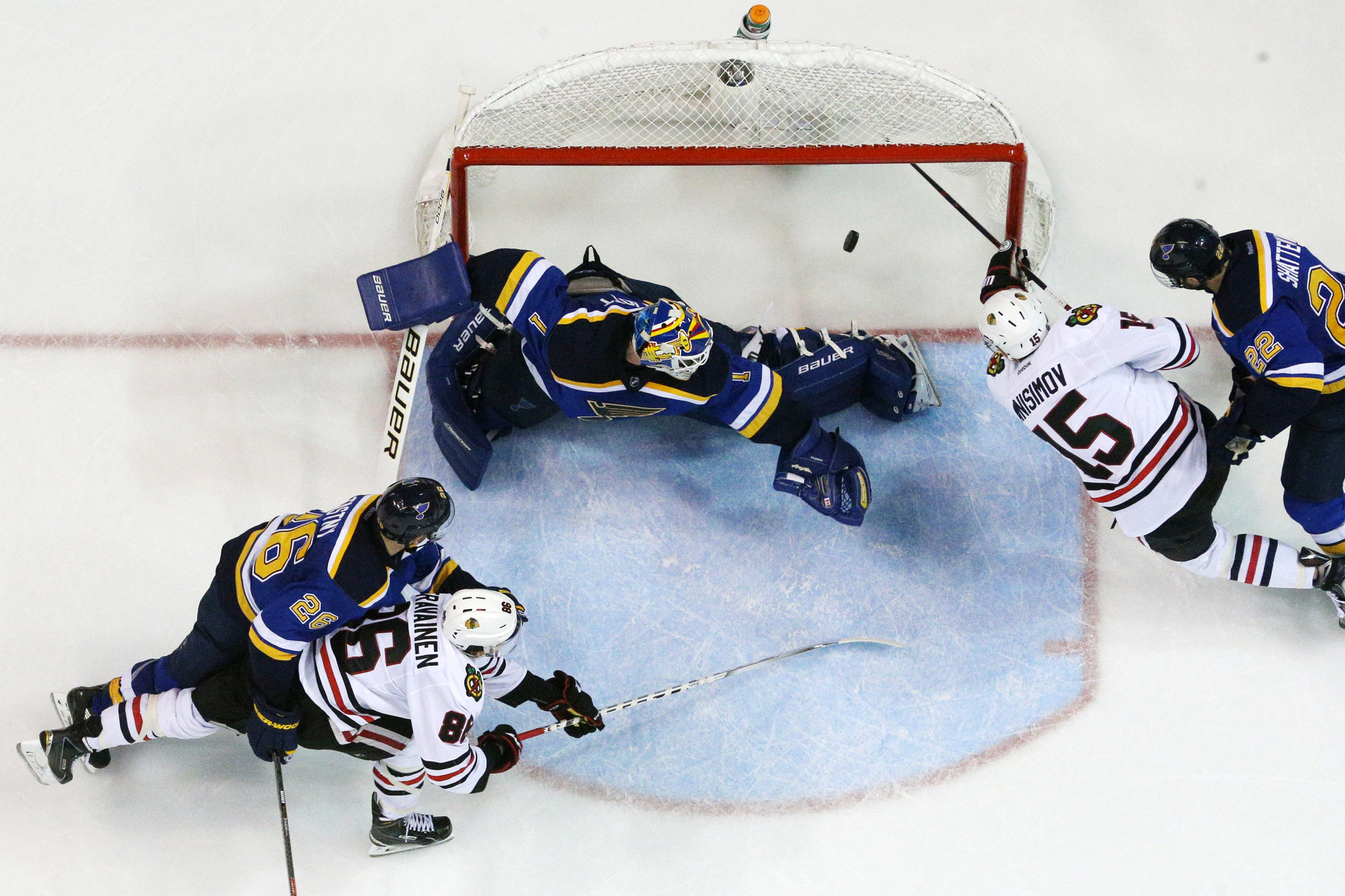 Ct-blackhawks-blues-game-5-observations-20160422