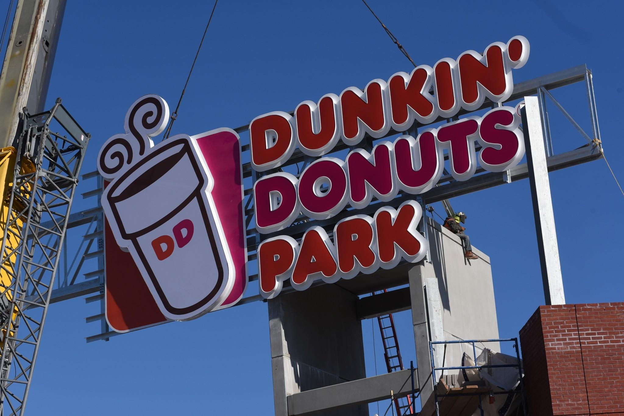 Afbeeldingsresultaat voor Dunkin donuts park deadline