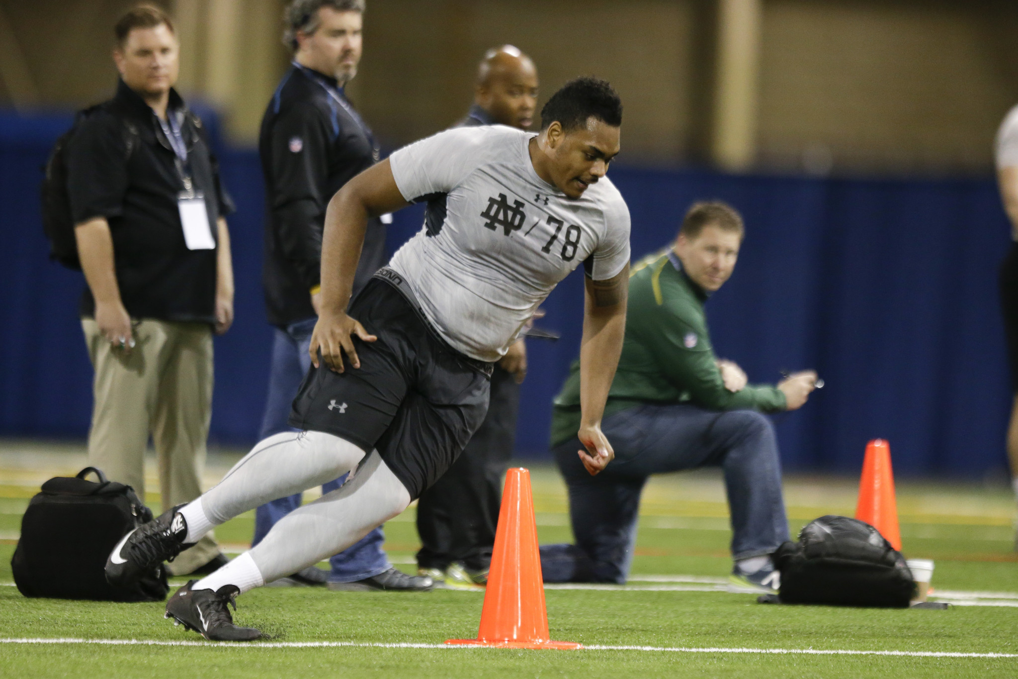 Ct-ronnie-stanley-notre-dame-nfl-draft-20160428