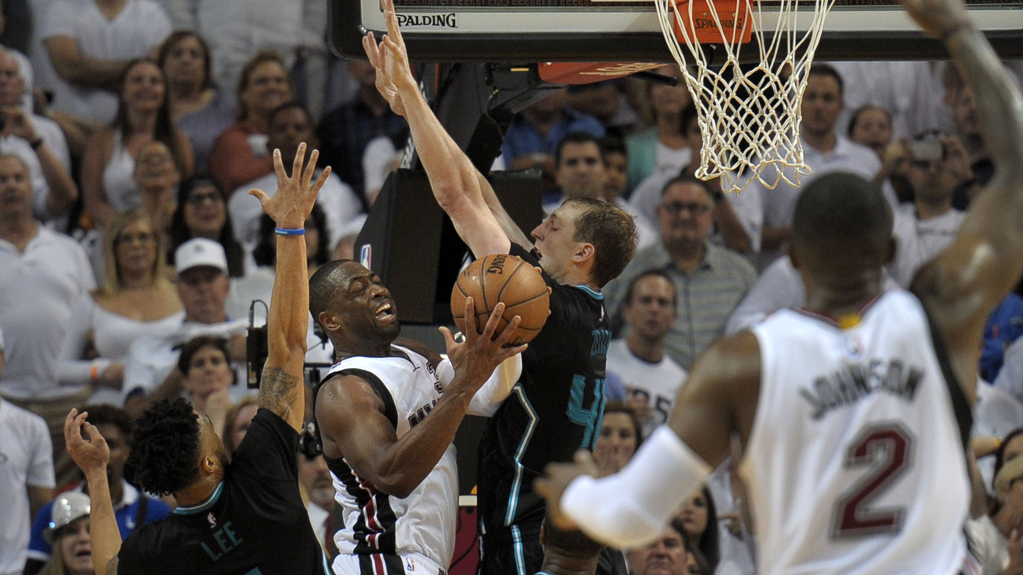 Sfl-wade-not-fouled-game-5-20160428