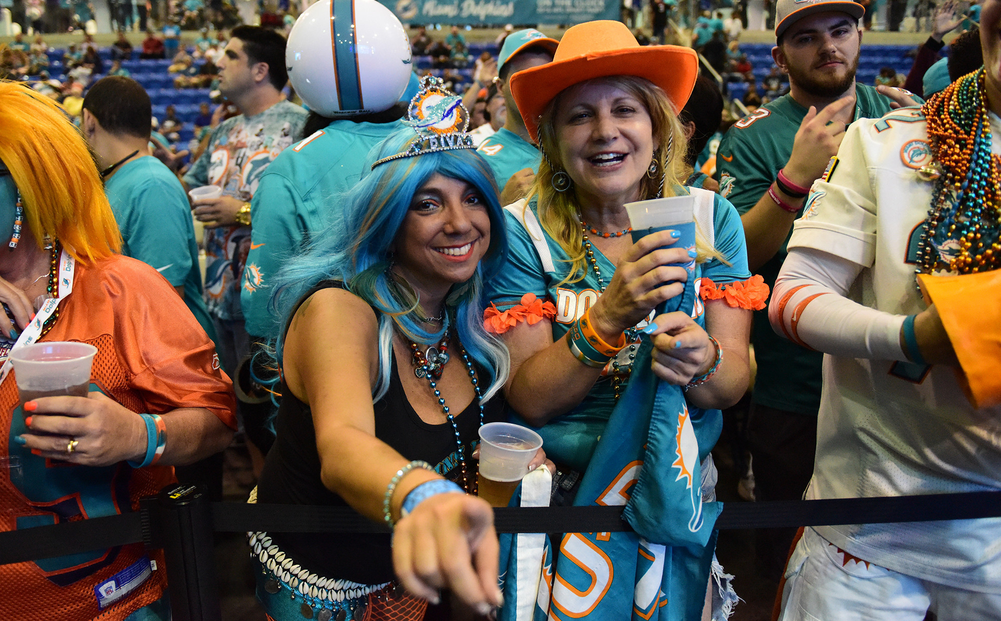 Sfl-dolphins-draft-party-20160428