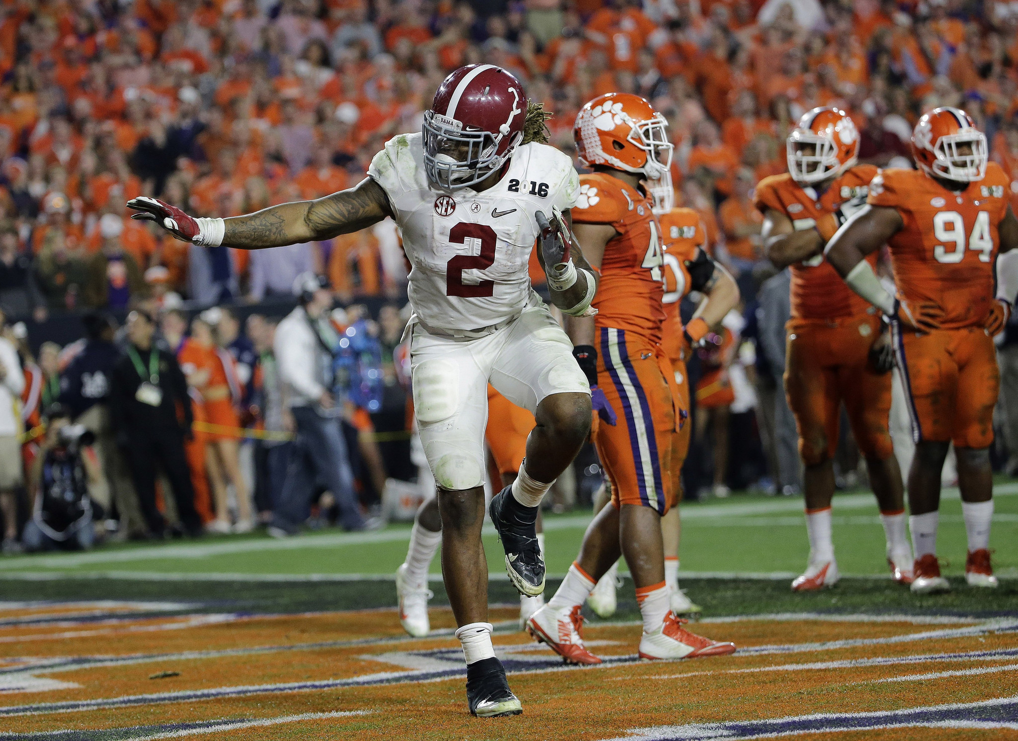 Sfl-top-15-players-the-dolphins-should-target-on-day-2-of-draft-20160429