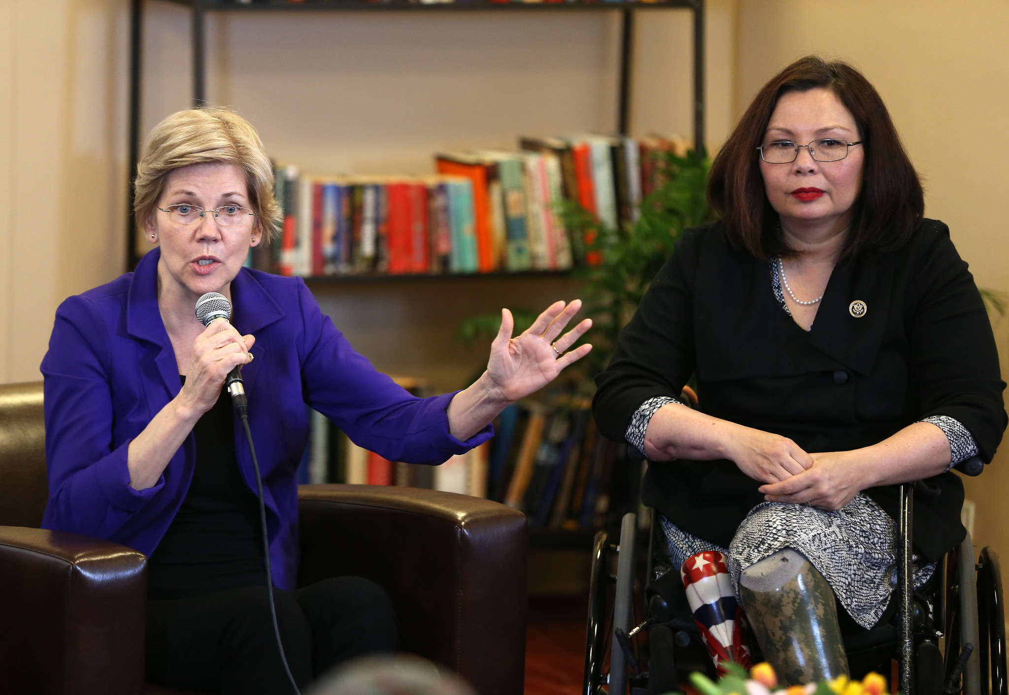 http://www.trbimg.com/img-5723ebc2/turbine/ct-tammy-duckworth-elizabeth-warren-met-0429-20160429