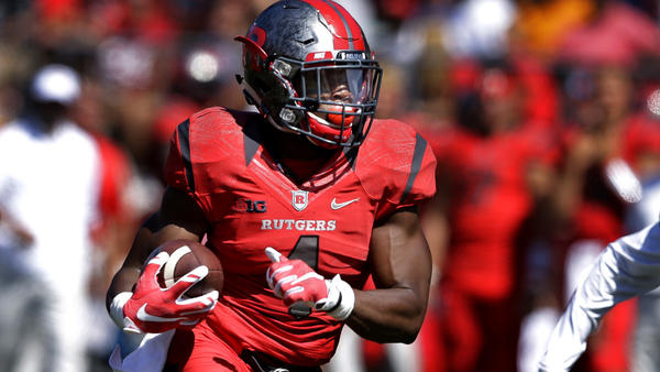 Dolphins trade three draft picks to land Rutgers receiver Leonte Carroo